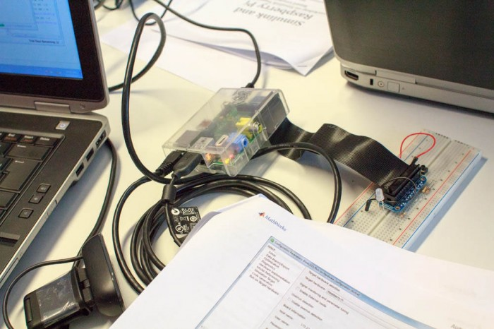 Raspberry Pi with Simulink and Breadboard Connector