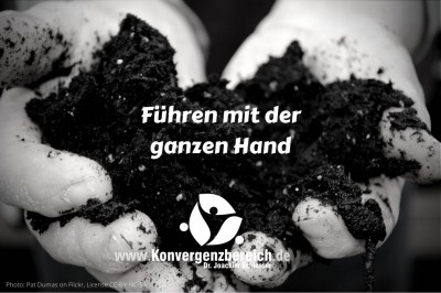 Management Hand